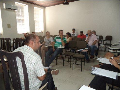 Laguna recebe a primeira reunião de gestores das CDLs regionais em  2014