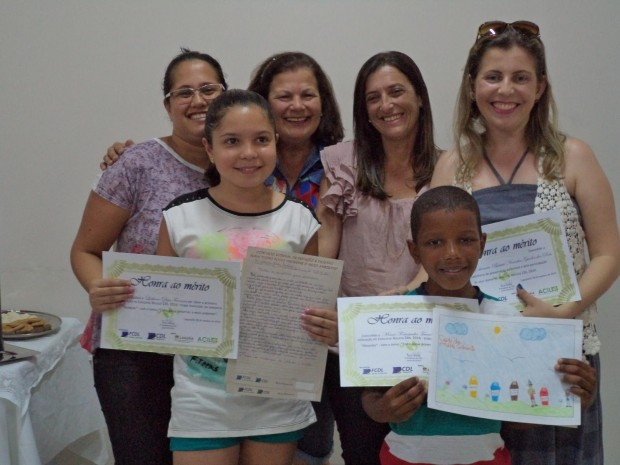 Vencedores da etapa municipal do Recicla CDL 2014 são premiados