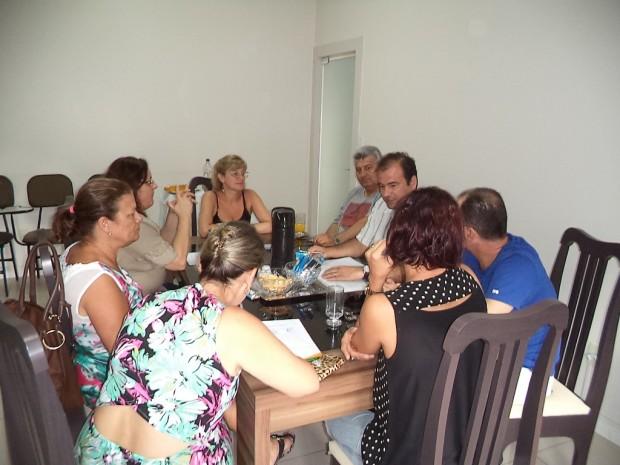 Diretoria da CDL reúne-se para dirimir estratégias para 2015